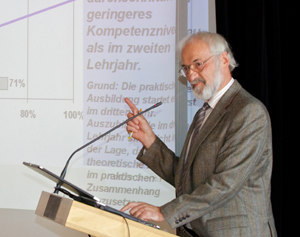 Prof. Rauner